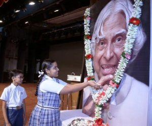Mumbai: A condolence meeting for the late former president Dr APJ Abdul Kalam organised by the South Indian Education Society at the Shanmukhananda Hall in Mumbai on Aug 1, 2015. (Photo: IANS)